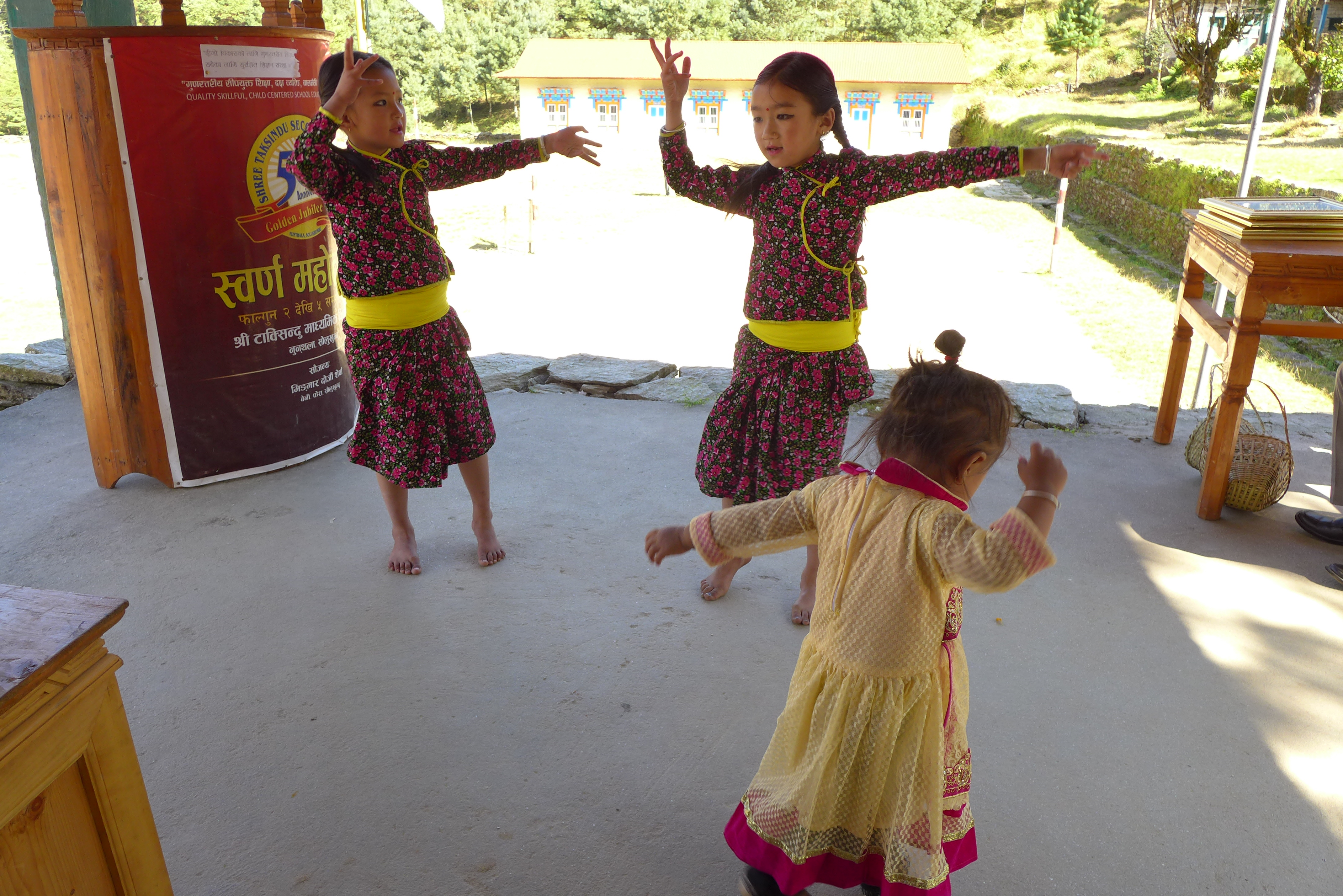 Nunthala school children dancing at the ceremony to thank Tara Foundation USA for the Hew Khola Micro Hydro Power Plant funding.